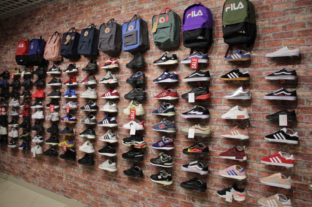 Бизнес идеи: магазин и интернет-магазин по продаже кроссовок