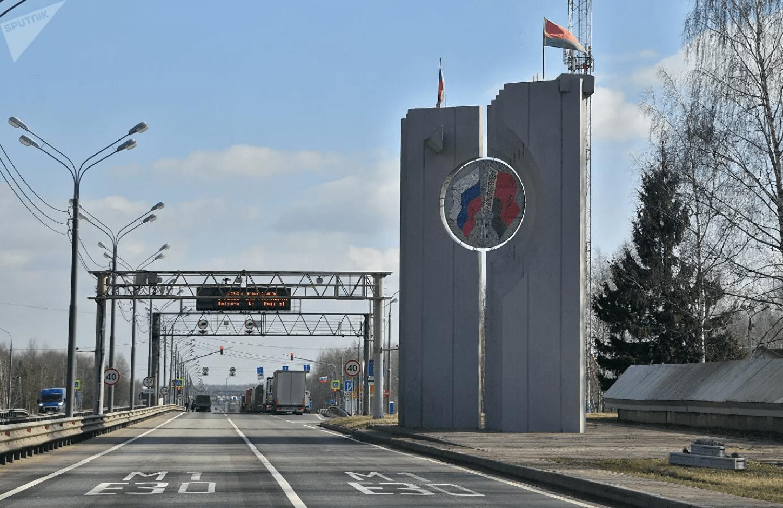 В Беларуси предложили облегчить перемещение через границу с Россией